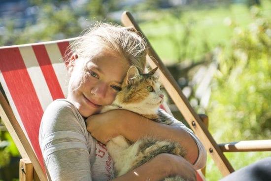 Kind & Katze am Reitbauernhof, Großarl, Salzburger Land –Urlaub am Bauernhof in Österreich